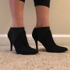 Zigi Soho Black Heel Booties